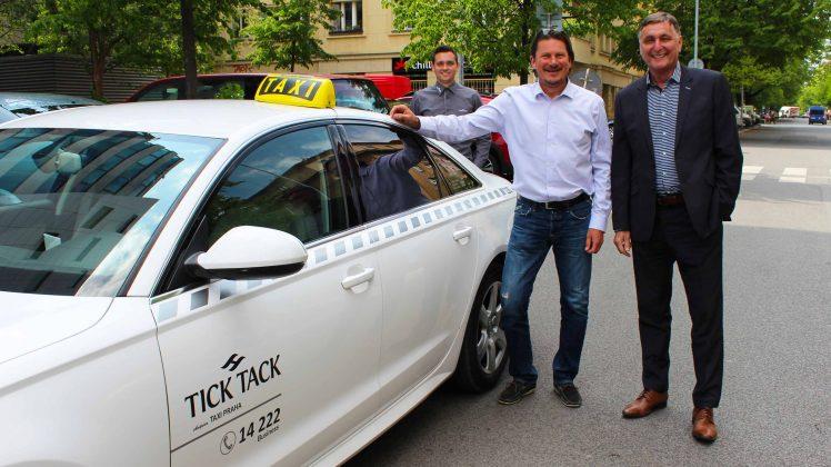 tick_tack_taxi_audi_a6_martin_prochazka
